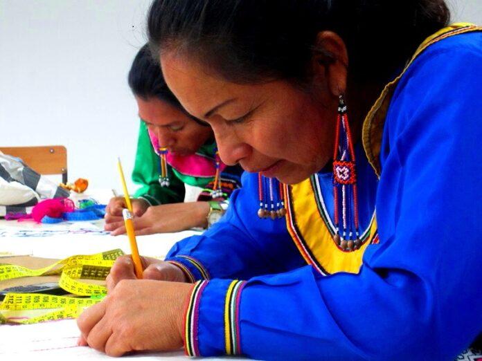 En el marco del Decreto Legislativo N° 1489, se fortalecen los mecanismos para garantizar el acceso a los servicios públicos en lenguas indígenas