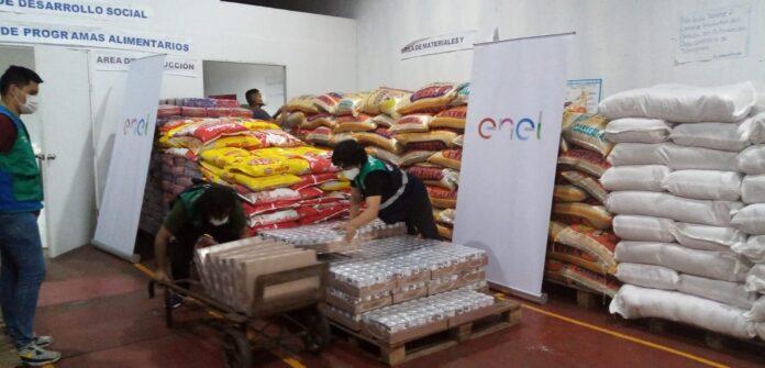"""""""Adopta una Olla"""" es un programa de la Municipalidad de Lima que, en el marco de la pandemia por la COVID-19, busca mitigar la falta de acceso a alimentos en las poblaciones más vulnerables."""