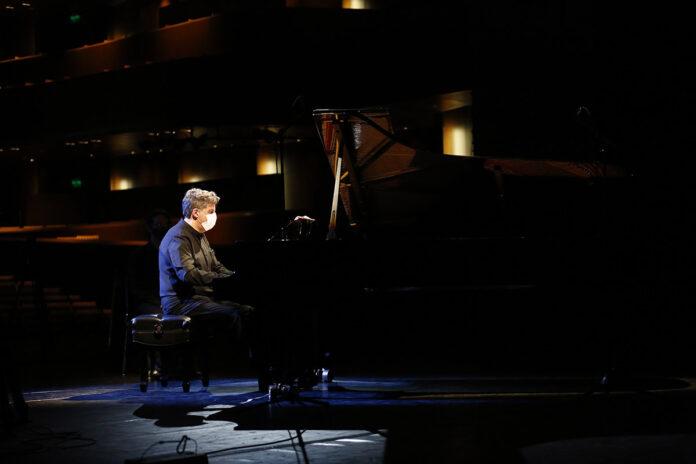 """""""Beethoven 250: Movimientos"""""""