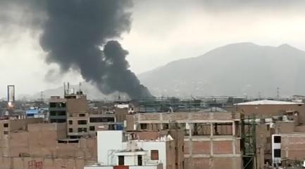 Incendio en El Agustino.