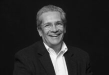 Director de ópera argentino Alejandro Chacón
