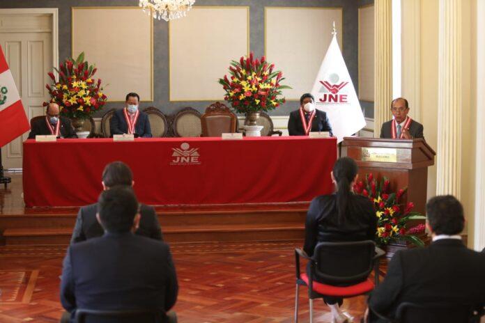 Ceremonia de cierre de gestión de Víctor Ticona