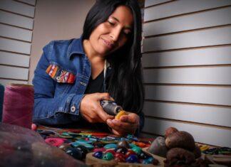 • La comuna limeña ofrece talleres participativos con artesanos, a fin de impulsar la reactivación económica del sector.