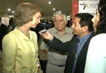 Todos los días no se entrevista a una Reina, menos al paso y con celular. El protocolo de la monarquía es muy rígido, pero gracias a la apertura de doña Sofía con la prensa peruana pudimos entrevistarla en vivo para Radio Nacional del Perú.