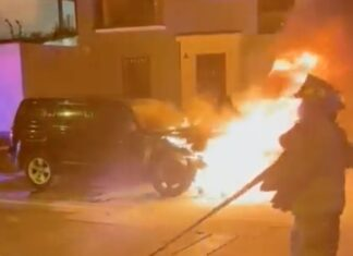 Desconocidos queman vehículo de exalcalde de Magdalena Francis Allison